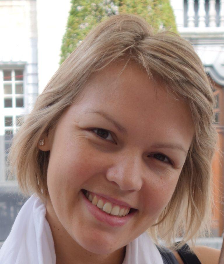 Karina Lagarrigue - Licenciada en Psicología por la Universidad de Barcelona
